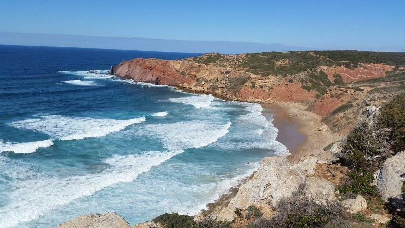 Ein Strand ist schöner als der andere.