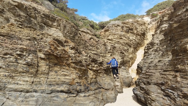 An der Praia da Muracao sind leichte Kletterkünste gefragt.