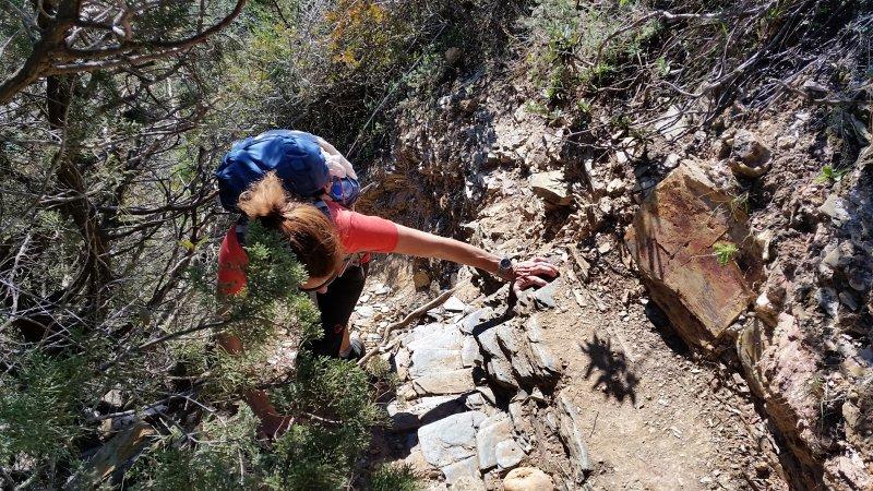 Zwischendurch ist auch mal leichtes klettern angesagt.