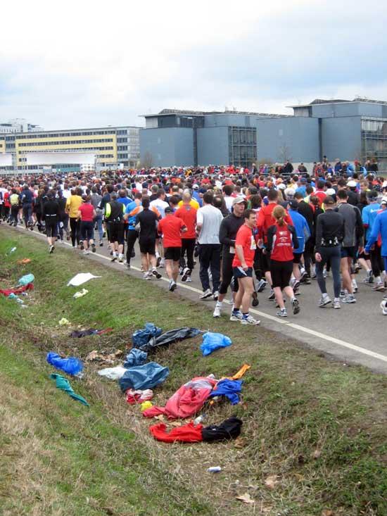 Freiburg Halbmarathon 2009 - Start-Block.
