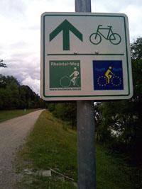 Fahrradweg: gut beschildert