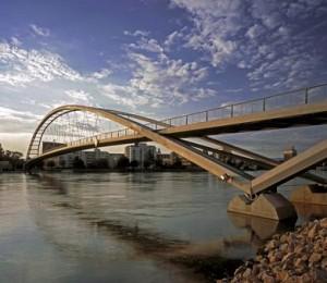 Dreiländerbrücke zwischen Weil am Rhein (D) und Hüningen (F)
